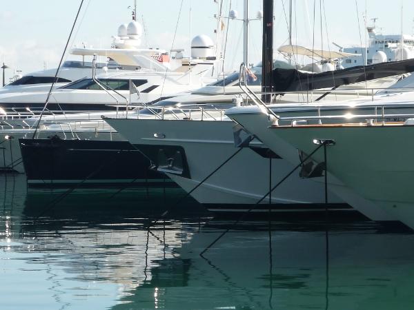 Mehr Yachtcharter im Angebot