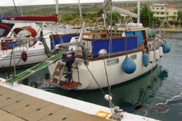 Nauticat – 38