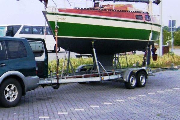 Eigenbau, Holzsegelboot, Rundspant (laminiert, Epoxyd-Basis)