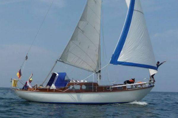 15-04-19-1-JL-Seitenansicht segelnd