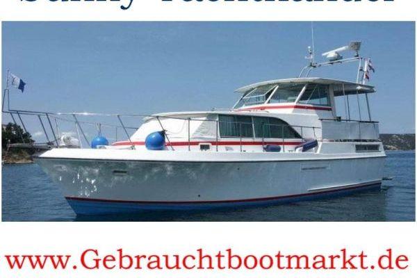 Bertram Yacht Salon Cruiser