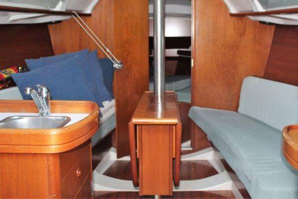 5 navisurest barcos ocasion beneteau oceanis clipper 311