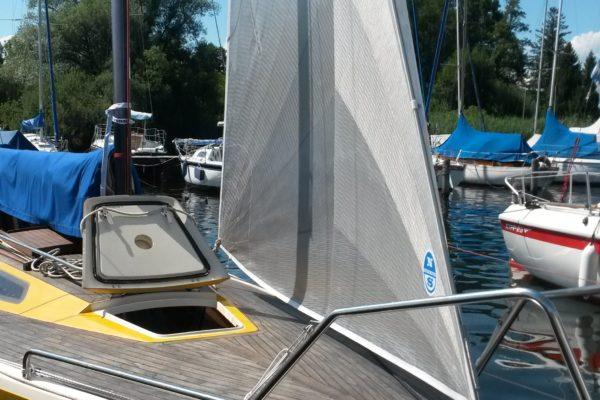 Int. 806 o.l Boat