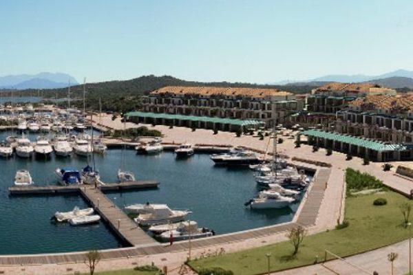 Liegeplatz im Marina di Olbia.…