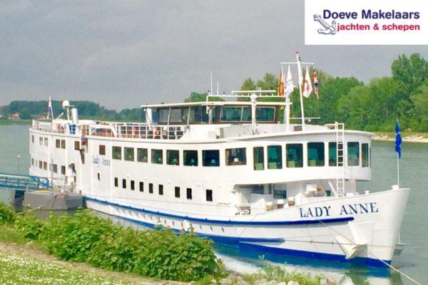 Hotel / Passagierschiff 100 Passagiere