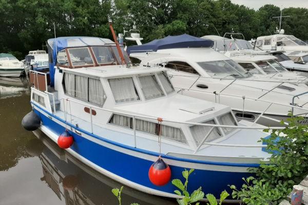 DD Yacht 940