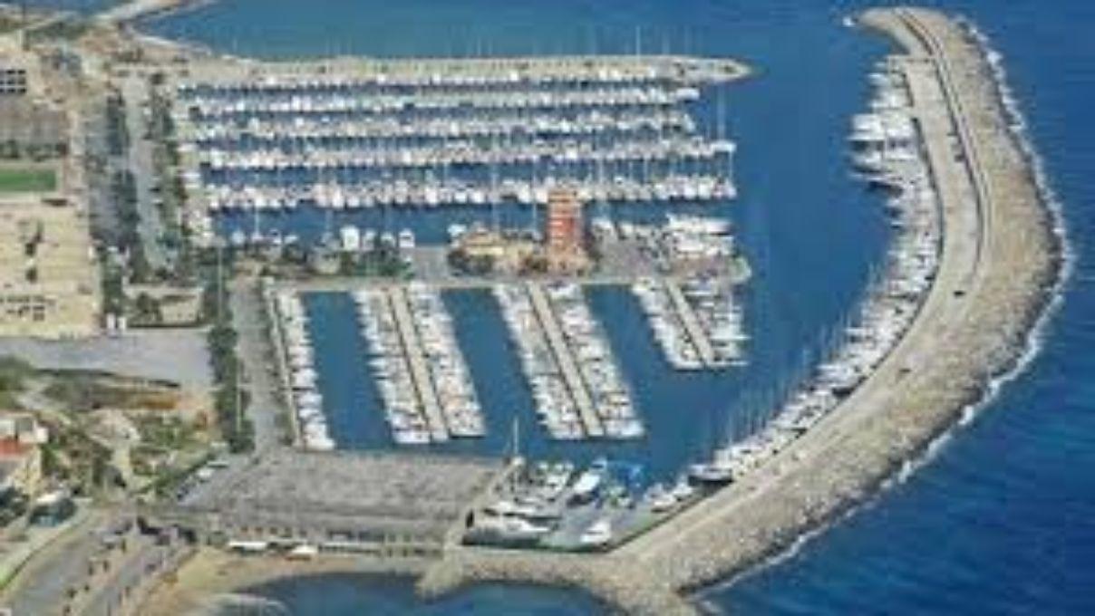 Liegeplatz Marina degli Aregai 16 mt (Italien)